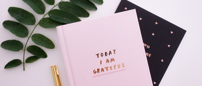 PRACTICING GRATITUDE WITH A POSITIVE ATTITUDE